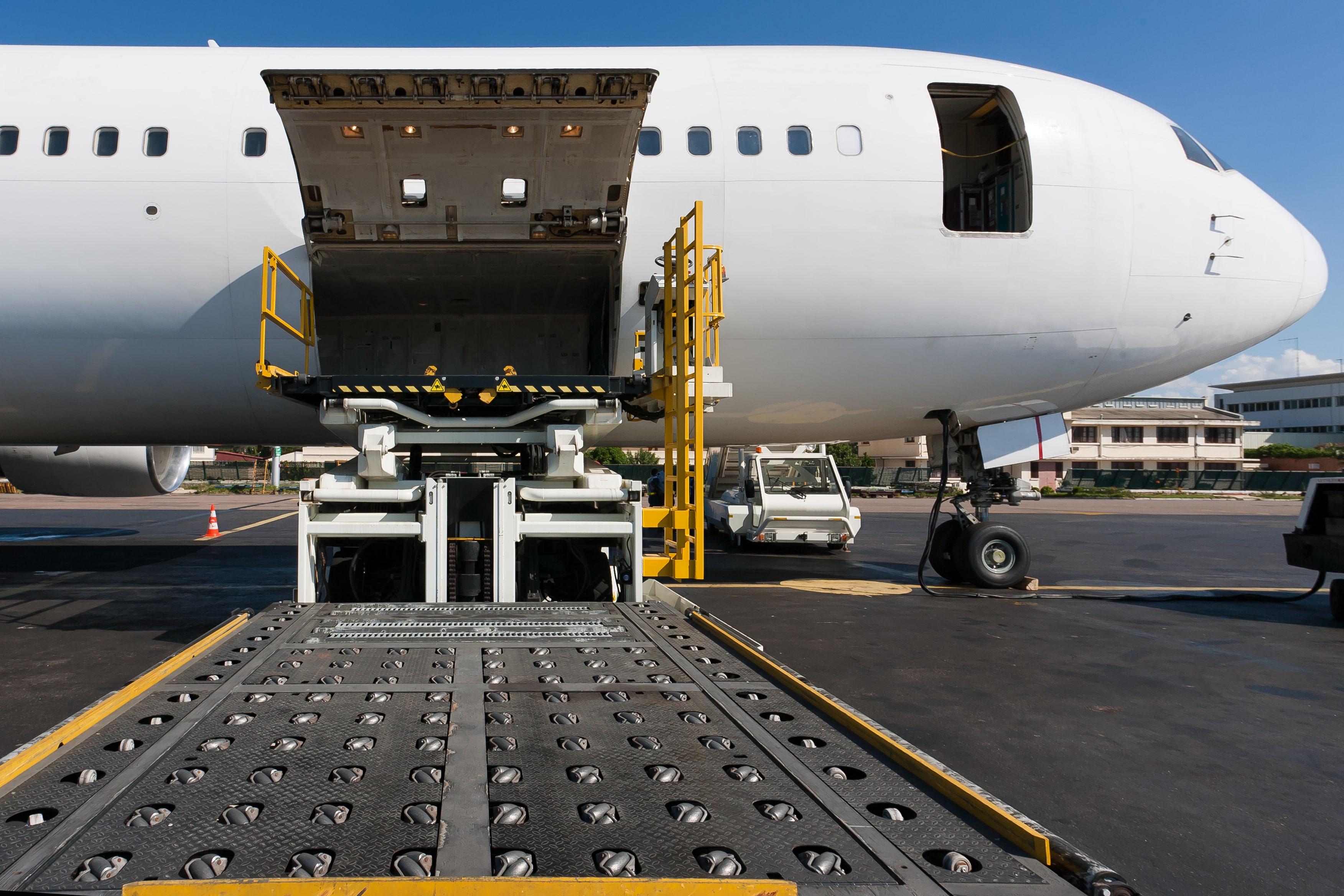 Авиадоставка из Китая в Украину грузов, товаров, оборудования