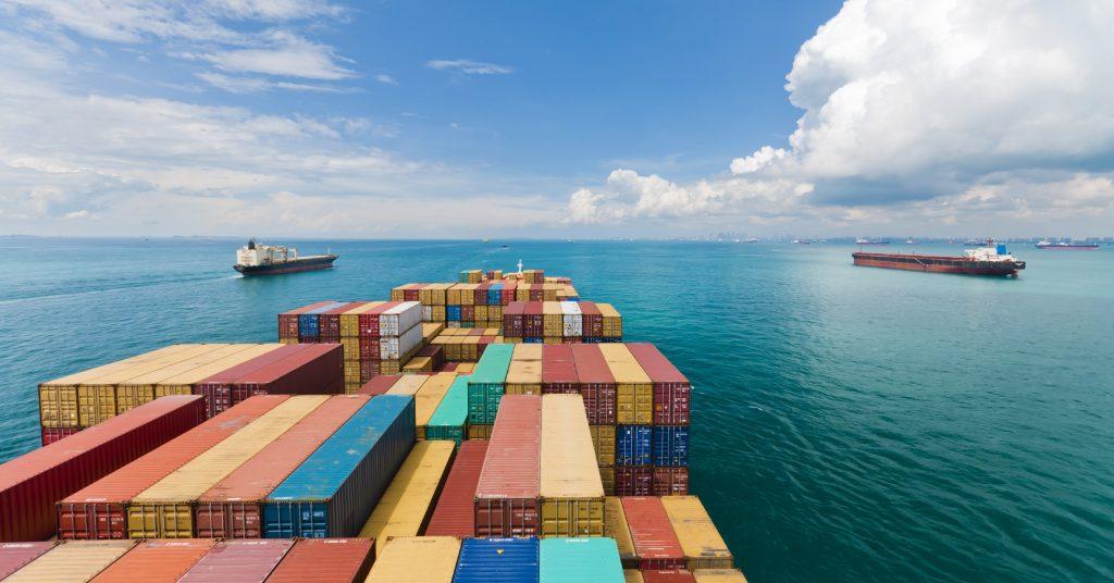 Почему для доставки из Китая не хватает контейнеров?