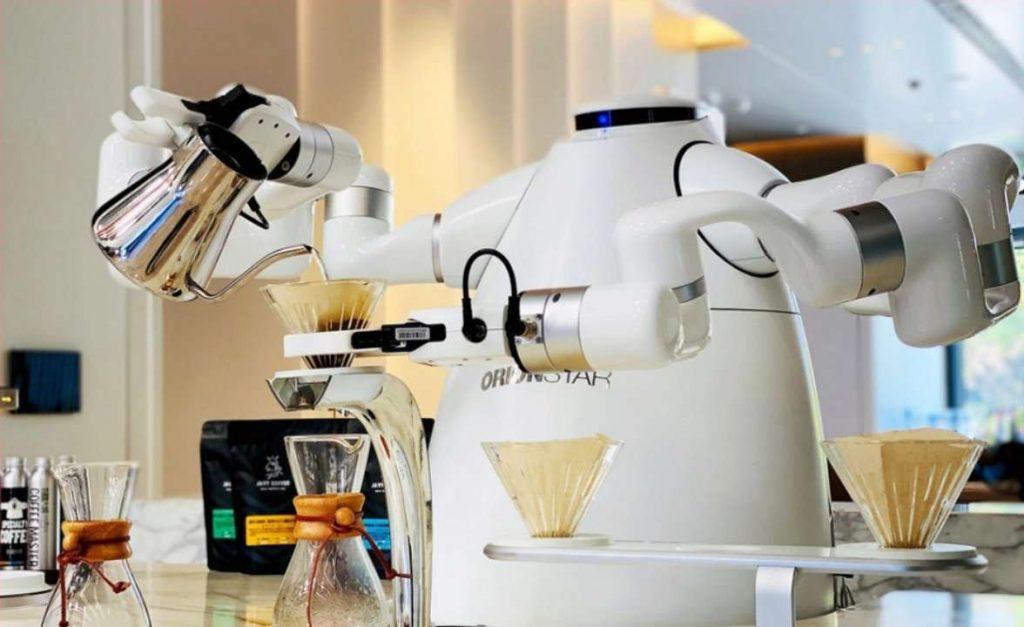 Китайский робот бариста кофемашина